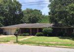 Foreclosed Home en SANDALWOOD PL, Gautier, MS - 39553