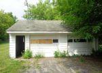 Foreclosed Home en HERMANSAU DR, Saginaw, MI - 48603