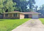 Foreclosed Home en STEPHANIE ST, Houma, LA - 70363
