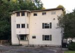 Foreclosed Home en BARROW HILL DR, Saint Francisville, LA - 70775