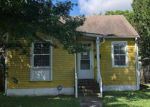 Foreclosed Home en CLEMATIS ST, New Orleans, LA - 70122