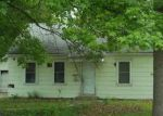 Foreclosed Home en LINCOLN ST, Osage City, KS - 66523