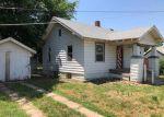 Foreclosed Home en W DAYTON AVE, Wichita, KS - 67213
