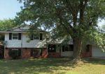 Foreclosed Home en E ZIMMERLY ST, Wichita, KS - 67207