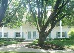 Foreclosed Home en RILEY ST, Overland Park, KS - 66212