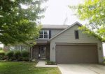 Foreclosed Home en ROXBURY PL, Zionsville, IN - 46077