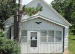 Foreclosed Home en S WEST ST, Stonington, IL - 62567