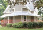 Foreclosed Home en E LAWSON ST, Hahira, GA - 31632