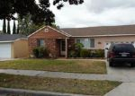 Foreclosed Home en E 219TH PL, Long Beach, CA - 90810