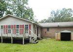 Foreclosed Home en JULIUS ST, Bayou La Batre, AL - 36509