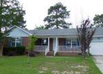 Foreclosed Home en DAVENPORT DR, Hope Mills, NC - 28348