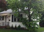Foreclosed Home en THROPP AVE, Trenton, NJ - 08610