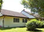 Foreclosed Home en GUN CLUB RD, New Oxford, PA - 17350