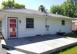 Foreclosed Home en N 102ND ST, Milwaukee, WI - 53225