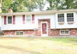 Foreclosed Home en HOLLY PKWY, Williamstown, NJ - 08094