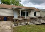Foreclosed Home en SPRADLING AVE, Fort Smith, AR - 72904