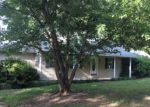 Foreclosed Home en JIM HENDERSON RD, Falkville, AL - 35622