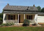 Foreclosed Home en GOGGIN FORD RD, Bedford, VA - 24523