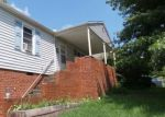 Foreclosed Home en BAYS VIEW RD, Kingsport, TN - 37660