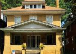 Foreclosed Home en 9TH AVE, Huntington, WV - 25701