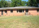 Foreclosed Home en CLARK AVE, Bald Knob, AR - 72010