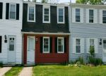 Foreclosed Home en LAKESIDE DR, Ledyard, CT - 06339