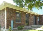 Foreclosed Home en MEADOWSIDE CT, Louisville, KY - 40214