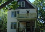 Foreclosed Home en W AUER AVE, Milwaukee, WI - 53216