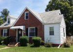 Foreclosed Home en E ROANOKE ST, Richmond, VA - 23224