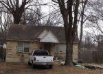 Foreclosed Home en ELLISTON RD, Memphis, TN - 38111