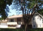 Foreclosed Home en S BURNS ST, Mitchell, SD - 57301