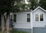 Foreclosed Home en STELLAR DR, Greenwood Lake, NY - 10925