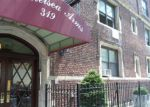 Foreclosed Home en W 18TH ST, New York, NY - 10011