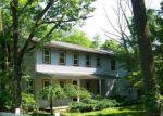 Foreclosed Home en LITTLE PHILADELPHIA RD, Washington, NJ - 07882