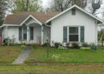 Foreclosed Home en W 10TH ST, Lamar, MO - 64759