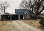 Foreclosed Home en LINCOLN AVE, Baxter Springs, KS - 66713