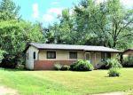 Foreclosed Home en E 2ND ST, Saint Anne, IL - 60964