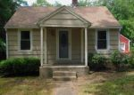 Foreclosed Home en LONG COVE RD, Gales Ferry, CT - 06335