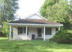 Foreclosed Home en VIRGINIA ST, Walnut Ridge, AR - 72476