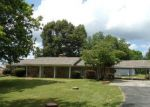 Foreclosed Home en RIVER RD, Muscle Shoals, AL - 35661