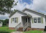 Foreclosed Home en S SHORE DR, Jacksonville, NC - 28540
