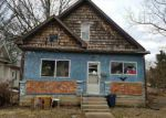 Foreclosed Home en E YORK ST, Olney, IL - 62450