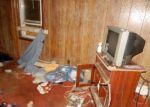 Foreclosed Home en VINE ST, East Providence, RI - 02914