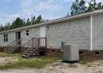 Foreclosed Home en KATAWBA DR, Laurel Hill, NC - 28351