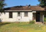 Foreclosed Home en SMELKER ST, Beaumont, TX - 77707