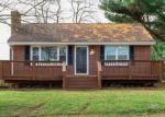 Foreclosed Home en FISHER ST, Christiansburg, VA - 24073
