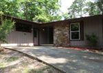 Foreclosed Home en CAMBRE CIR, Hot Springs Village, AR - 71909