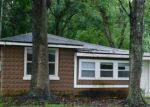 Foreclosed Home en OAKHURST AVE, Jacksonville, FL - 32208