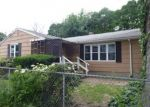 Foreclosed Home en MELVIN ST, Chicopee, MA - 01013