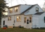 Foreclosed Home en GRANDVIEW TER, La Crescent, MN - 55947